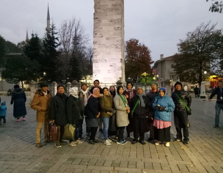 tugu obelisk